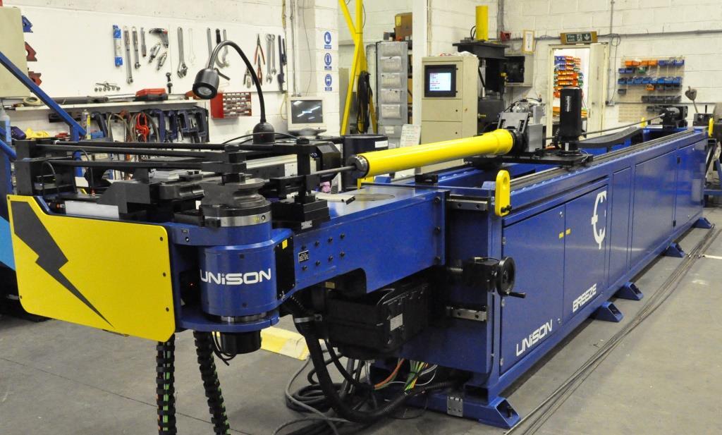 Unision-Maschinen für Rohrbiegung